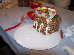 Pretzel Log Cabin (East Islip Public Library) Tags: log cabin tween pretzel