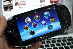 PS VITA (PlayStation Vita)
