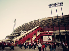 Candlestick Park (Leighton Wallis) Tags: california ca usa lights football unitedstatesofamerica nfl crowd escalator sanfrancisco49ers exit grandstand niners candlestickpark stlouisrams