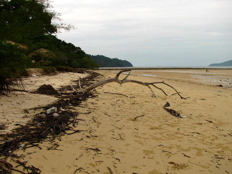 Ao Hin Khow at low tide