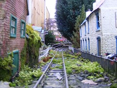 The Alley 2 (Gregs Trains) Tags: garden railway 16mm gauge narow