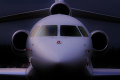 Falcon Mood (dkuttel) Tags: portland flying aviation falcon pdx fbo dassault 7x privatejet kpdx corporatejet falcon7x