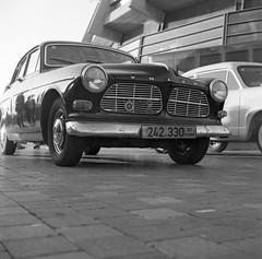 Volvo Amazon (Ilya.Bur) Tags: bw classic 120 6x6 film car vintage volvo amazon d medium format ilford fp4 yashica 122 caffenol worldcars caffenolcl