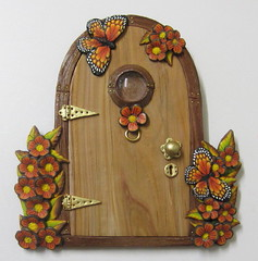 Wood Effect Fairy Door (PatsParaphernalia) Tags: flowers handmade butterflies polymerclay glasswindow fairydoor woodeffect