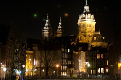 Oude Kerk (mnarrowe) Tags: holland amsterdam thenetherlands oudekerk