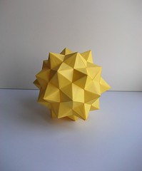 Duckyball (mancinerie) Tags: origami paperfolding modulaorigami
