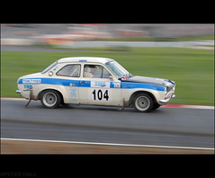 104 (peterphotographic) Tags: auto uk england motion ford car race kent movement nikon automobile britain rally d200 panning motorracing escort fordescort brandshatch rallying fordescortmk1 dsc0082edwm