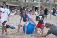 Acrobatics2011-6.jpg (Zandvoort Life) Tags: holland beach boys netherlands jumping zee acrobatics barefeet acrobats zandvoort leaping aan bouncing inflatableball