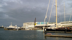 Fleur's Birthday, Wynyard Quarter (russelljsmith) Tags: birthday family newzealand waterfront harbour auckland nz 2012 waitemataharbour 77285mm wynyardquarter