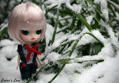 Lena yesterday afternoon when the snow started falling (pure_embers) Tags: uk snow cute girl garden doll dolls little dal mini pullip humpty dumpty pure embers