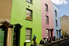 Colours of Bristol (Sandrine Vivs-Rotger photography) Tags: street england green architecture bristol colours islam
