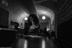 Carol & Jota Mayuscula (18 de 35) (ISRAEL (BURMI)) Tags: blanco y negro estudio hiphop jota grabacion monocromtico mayuscula jotamayuscula israeldeleonardonovoa carolmenezes masgravesestudio
