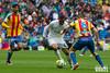 Real Madrid - Valencia CF-17 (VAVEL España (www.vavel.com)) Tags: danilo realmadrid santiagobernabeu estadiosantiagobernabeu laliga siqueira valenciacf ligabbva realmadridvavel valenciavavel despedidaarbeloa