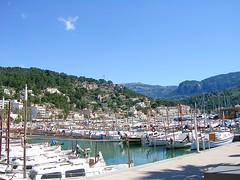 Mallorca - Port de Sller - Jachthafen (ohaoha) Tags: island spain europa europe mediterranean south boote insel espana hafen mallorca schiffe spanien majorca baleares balearen southerneurope huser segelboote jachthafen sdeuropa portdesller jachten motorboote balericisland