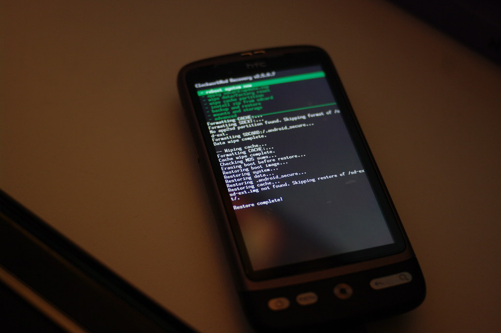 restoring nandroid backup on rooted and repartitioned HTC Desire, success!