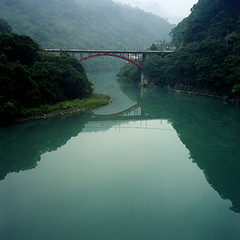 reflection* (miki**) Tags: reflection green 120 river taiwan wulai  emeraldgreen rolleflex35f