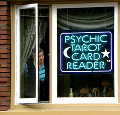 Psychic phone reading