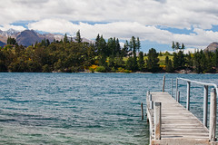 Trees and mountains (Kalabird) Tags: new zealand southisland otago queenstown lakewakitipu azureblue
