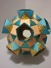 K5 Galaxy antiprisms 1 (Origami Tatsujin 折り紙) Tags: blue art colors gold shiny geometry prism cupola papiroflexia papercrafts polyhedra modularorigami tomokofuse bluegold rhombicosidodecahedron geometricbeauty geometricart antiprism tetrahedralsymmetry beautifulorigami squareflatunit regularhexagonalflatunit k5galaxystewarttoroid papercraftssquareflatunit kunikokasahara triangleflatunit regularhexagonalunit