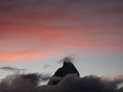 Berg / Mountain : Matterhorn / Mont Cervin / Monte Cervino (VS / I - 4`478m) im Kanton Wallis / Valais in der Schweiz an der Grenze zu Italien (chrchr_75) Tags: november mountain alps berg landscape schweiz switzerland suisse suiza swiss 2006 sua gornergrat zermatt matterhorn monte alpen christoph svizzera landschaft mont wallis sveits valais cervin sviss zwitserland sveitsi suissa cervino 0611 montecervino chrigu szwajcaria  montcervin chrchr kantonwallis hurni chrchr75 chriguhurni kantonvalais albummatterhorn hurni061118