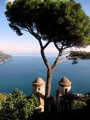 Villa Rufolo, Ravello (Wade 48) Tags: amalfi amalficoast cliffs flickr gulfofsalerno italy mediterranean sea seascape tyrrhenian 500px