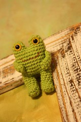 tiny amigurumi frog brooch (HappyAmigurumi) Tags: green miniature handmade brooch crochet frog accessories amigurumi