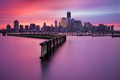 Manhattan Sunrise (chris lazzery) Tags: nyc newyorkcity longexposure newyork sunrise jerseycity manhattan worldtradecenter canonef24105mmf4l 5dmarkii bw30nd