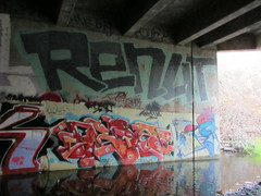 RENUT / DEB8 (Same $hit Different Day) Tags: graffiti bay south roller lords renut deb8
