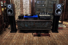 Analog (Mike Enage) Tags: wood benz arc research micro ear audio excite rega p3 dynaudio x16 vsi55 834p