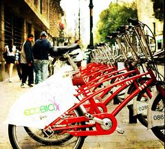 Se alquila libertad (Manuel Gayoso) Tags: textura mexico bicicleta