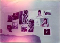 Bowie bedroom 1976 (Paul-M-Wright) Tags: david london rock wall bowie bedroom album lp record 70s glam 1970s seventies 1976 davidbowie bedroomwall paulwright thinwhiteduke