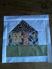 Test House (rebeccasrags) Tags: quiltblock wonkyhouse beetweetbe