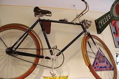 Deutsches Fahrradmuseum am 7.1.2012 (pilot_micha) Tags: bicycle museum germany bayern deutschland bavaria deu fahrrad unterfranken badbrückenau landkreisbadkissingen fahrradmuseum baujahr1913 deutschesfahrradmuseum siriusherrenrad germanbicyclemuseum