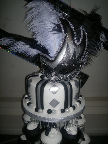 Remarkable Black White And Silver Masquerade 21St Birthday Cake And Cupcakes Funny Birthday Cards Online Alyptdamsfinfo
