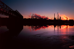 Oil Refinery - 8x10 Velvia 50 (Zach Boumeester) Tags: park bridge film saint minnesota st rock analog sunrise river mississippi paul island fuji graphic marathon smoke large rail slide swing stack steam 8x10 iso velvia f90 smokestack chrome newport transparency oil epson fujifilm lf format asa 50 refinery e6 mn kowa calumet c1 rvp tain 4990 rvp50 210mm figital