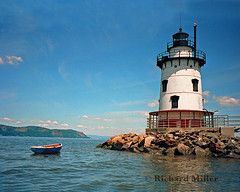 1 - Summer Lighthouse (Blackarrow3) Tags: lighthouses hudsonriver sleepyhollowlighthouse tarrytownlighthouse newyorklighthouses hudsonriverlighthouses 1883lighthouse