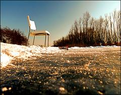 Schaatsen aan, baan geveegd, (Duevel) Tags: au sneeuw glad slippery ijs schaatsen bezem gelukkig bergseplaat natuurijs vegen blauweplekken onderuit spiegelglad vallenenopstaan plaatvliet zereknie zwartijs zererug baanvegen stoelmeegenomen niemandzaghet jalachmaar