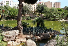 20.09.2011: im Park vor der Sagrada Família von Antoni Gaudí