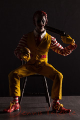 Hamburg Uncle (Dennis Valente) Tags: actionfigure doll posed joker customized custom figurine ronaldmcdonald articulated 2014 hottoys articulating superduck 16scale dx11 hamburguncle
