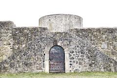 wooden door (timmytimtim75) Tags: door wood castle rock hessen crossprocessing nik highkey burg heiligenberg viveza