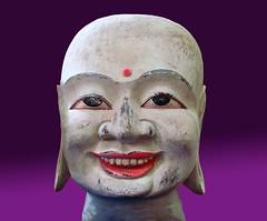 Buddha (Roel Wijnants) Tags: fotografie buddha denhaag stedelijk thehague hout beeld bekende hoofden boeda haags hofstad roel1943 roelwijnants straatfotograaf hofstijl roelwijnantsfotografie haagseportretten
