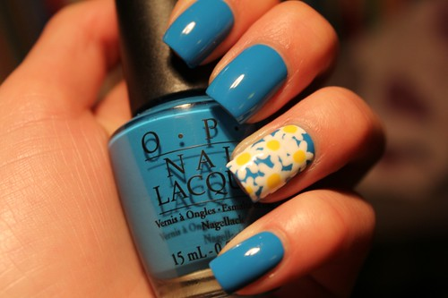 Opi Ogre the top blue + daisies