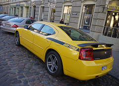 Dodge Charger Daytona R/T (MauriceVanGestel Photography) Tags: auto cars car yellow mercedes lets baltic latvia american coche dodge states autos daytona limited geel let rt charger coches riga staten lv latvian spoiler dodgecharger balticstates amerikaans straatbeeld lettland yellowcar rga latvija americancar amerikaan  letonia mercedese letland eklasse opvallend dodgedaytona chargerrt vecriga rigalatvia latvijas daytonart bigamerican   baltische baltischestaten dodgert dodgechargerdaytona geleauto dodgechargerdaytonart chargerdaytona amerikaanseauto  rgalatvija gelimiteerd yellowdodge vierdeurs mercedeseklasse chargerdaytonart ameriku rigaletland vecrigariga geledodge yellowcharger yellowdodgecharger limiteddodge limiteddodgecharger gelimiteerdedodgecharger