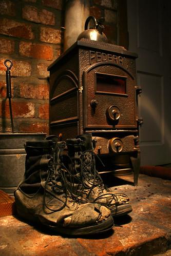 longexposure lightpainting boots belleville bricks federal woodstove slowshutterspeed
