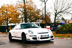 Snow white (2KP) Tags: autumn white black france cars car race 911 bordeaux voiture porsche rs voitures gt3 997 aquitaine 2011 gironde tlthon mk1