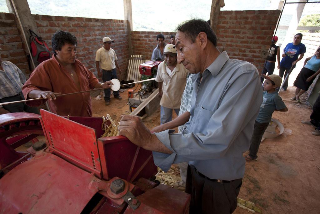 Agro-tourisme - Mise en place de la chaine d'extraction de jus de canne a sucre - President