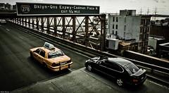 Brooklyn bridge. (Jrme Cousin) Tags: new york city bridge usa newyork apple car yellow brooklyn america big nikon manhattan cab taxi united voiture pont states unis 18105 etats damerique d5000