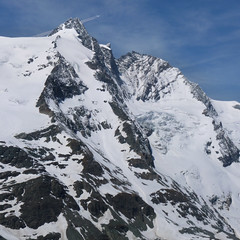 The highest mountain of Austria - Grossglockner (Bn) Tags: road blue sun mountains