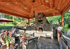 Creating a Stunning Outdoor Entertaining Area