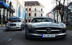 Luxurious vs. Sporty, but both box-shaped... (Frankenspotter Photography) Tags: canon silver germany munich mnchen deutschland eos gold grey mercedes benz golden britain d gray 8 grau s 63 v german mercedesbenz british adrian editing mm 12 1855mm 1855 brit efs supercar ef v8 bentley coup hof sls sportscar amg deutsch sportscars supercars 1100 v12 silber thelen promenadeplatz bayerischer mulsanne 1100d worldcars frankenspotter